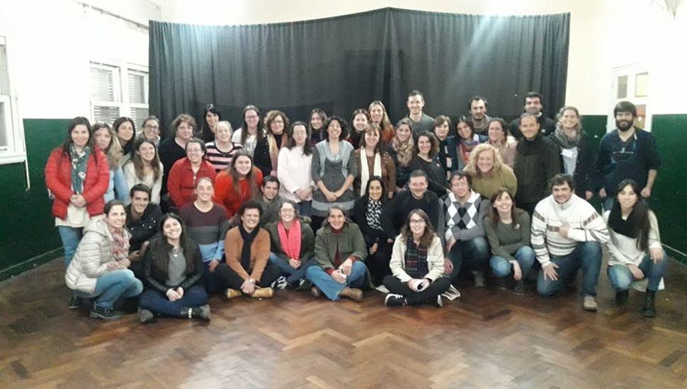 Más de 50 docentes de la Región participaron del curso.