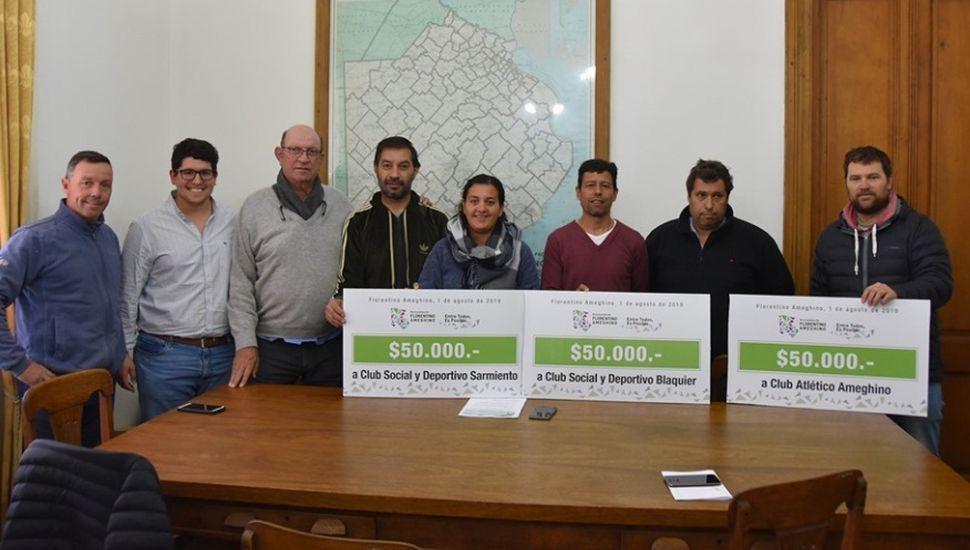 Realizaron una nueva entrega de subsidios a clubes de Ameghino