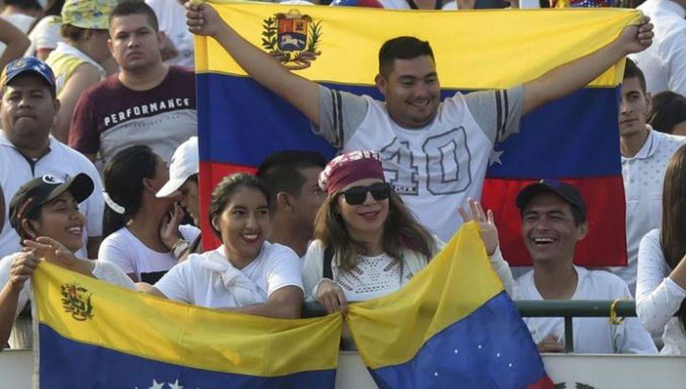 Quiénes son los 32 artistas que participarán en el megaconcierto en Venezuela para pedir por ayuda humanitaria