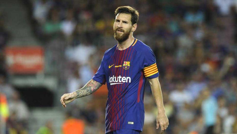 Acusan a Messi de presionar al árbitro