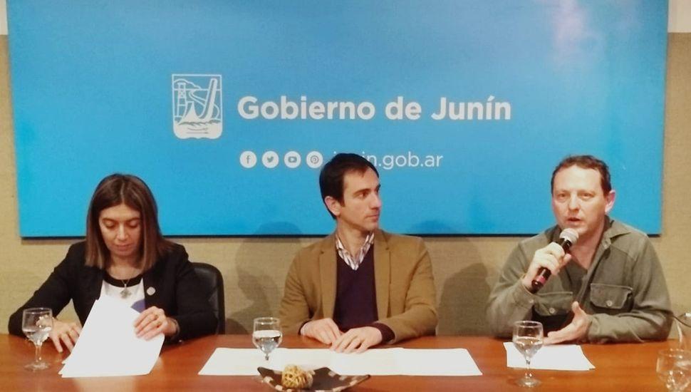 Se llevó a cabo ayer la conferencia de presentación de la XV Feria del Libro de Junín.