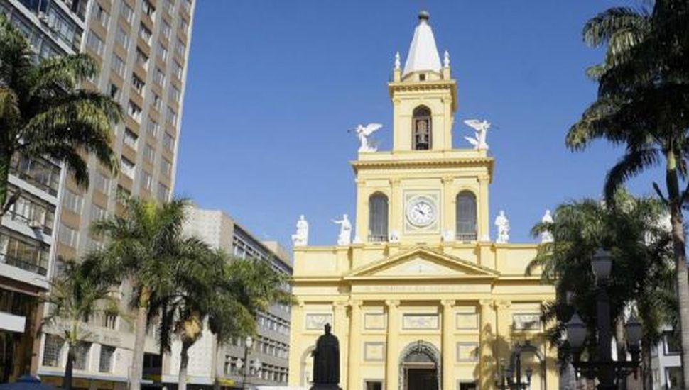 Un hombre mató a 5 personas y se suicidó durante una misa en la catedral de Sao Paulo