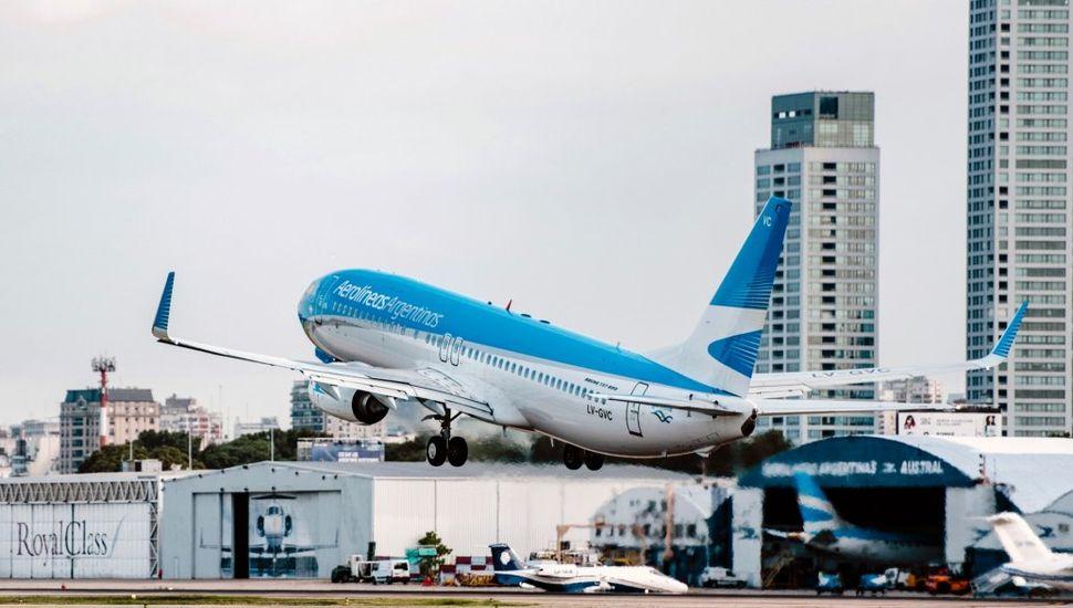 Prorrogan suspensión de vuelos de cabotaje y transporte de larga distancia hasta 31 de marzo