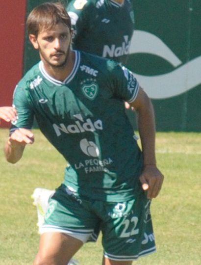 Federico Bravo, experimentado volante de Sarmiento cuya recuperación se aguarda para que sea titular ante Lanús.