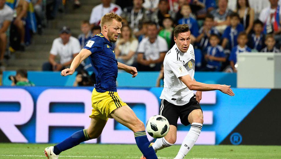 Un golazo de Kroos en el último minuto le dio vida a Alemania