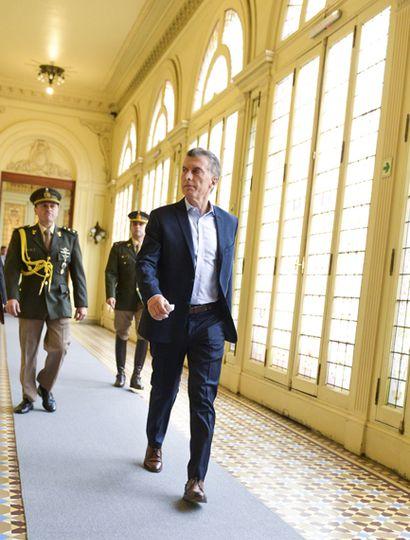 Mauricio Macri vivió sus peores días desde que llegó a la presidencia, frente al tembladeral que desató la corrida cambiaria.