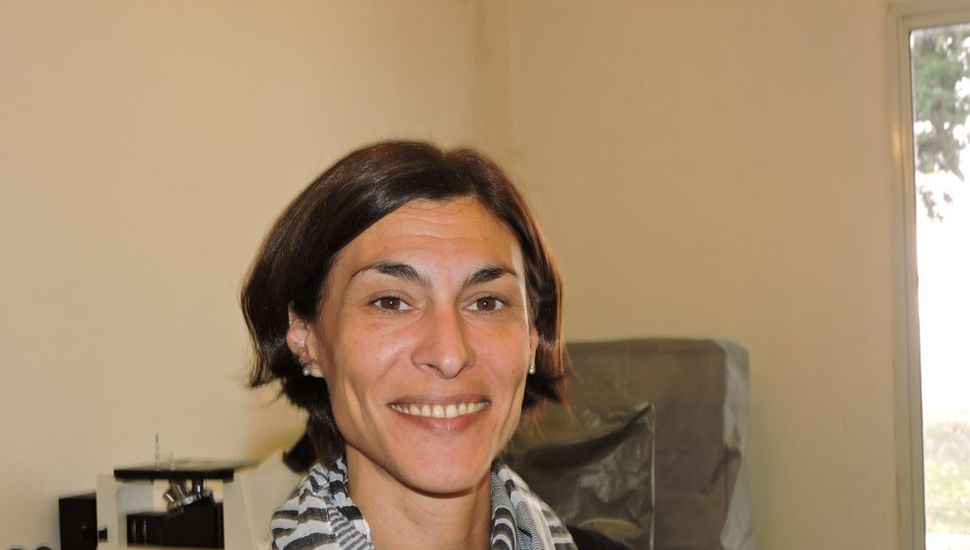 Ana Clara Cobas dará la charla de hoy.