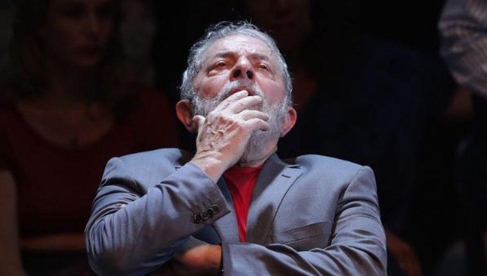 Un juez brasileño emitió un fallo que puede liberar a Lula Da Silva