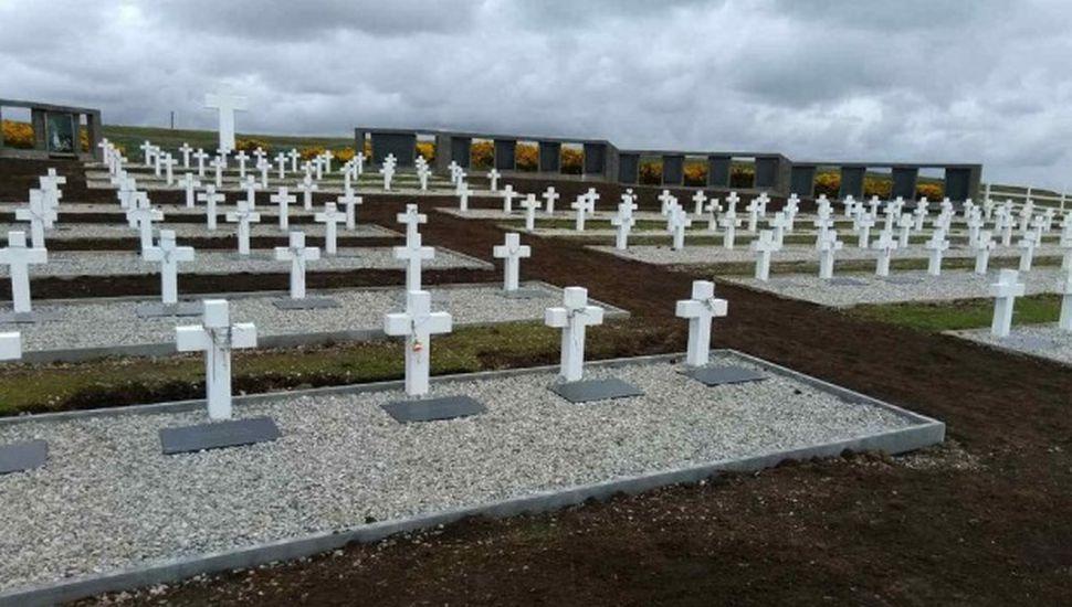 Acto oficial por el Día del Veterano y los Caídos en Malvinas