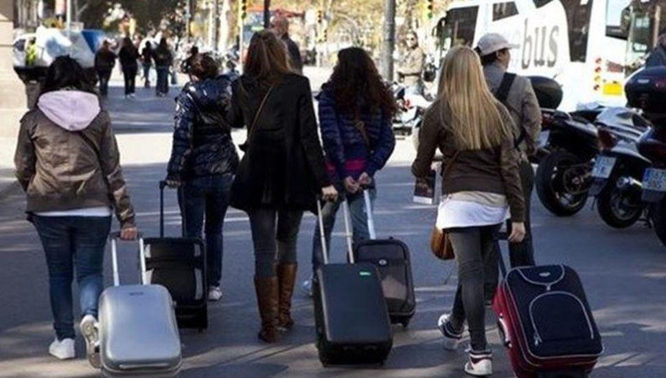 España otorgará 1.500 visas de trabajo a argentinos