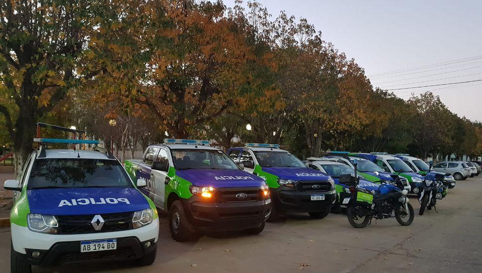 Ritondo entregó nuevos móviles de seguridad para Arenales
