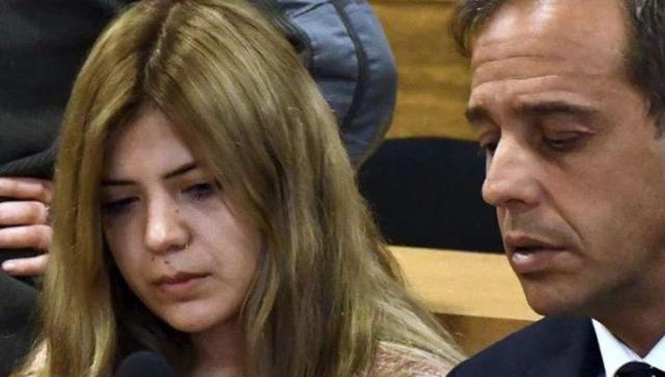 Agravan los cargos a la mujer  que amputó el pene a su amante