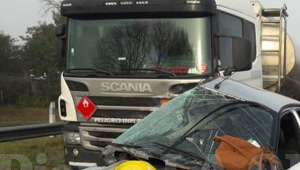 accidente mujeres camion