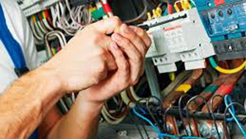 Destacan importancia de que las instalaciones eléctricas sean seguras.