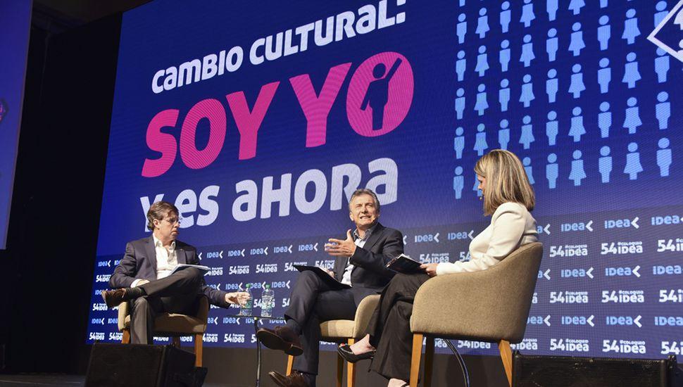Mauricio Macri sabe que el combo de inflación imparable y fuerte recesión generará conflictos con los gremios.