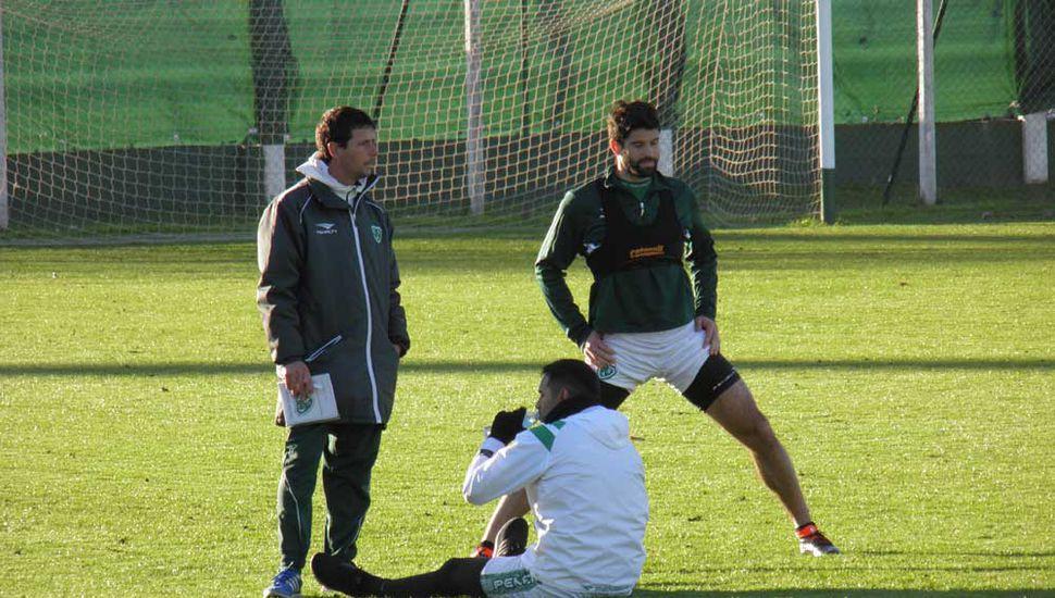 Sarmiento ya se prepara para visitar a  Almagro, único puntero del campeonato