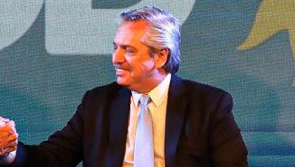 Fernández junto a Malena Galmarini