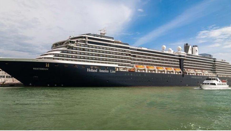 Coronavirus: cuatro países le niegan la entrada a un crucero