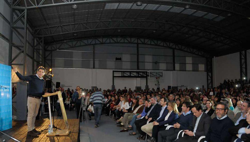Un auditorio colmado participó de la presentación del reconocido neurocientífico.