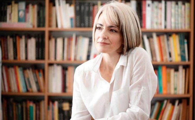 Adriana Amado, Doctora en Comunicación