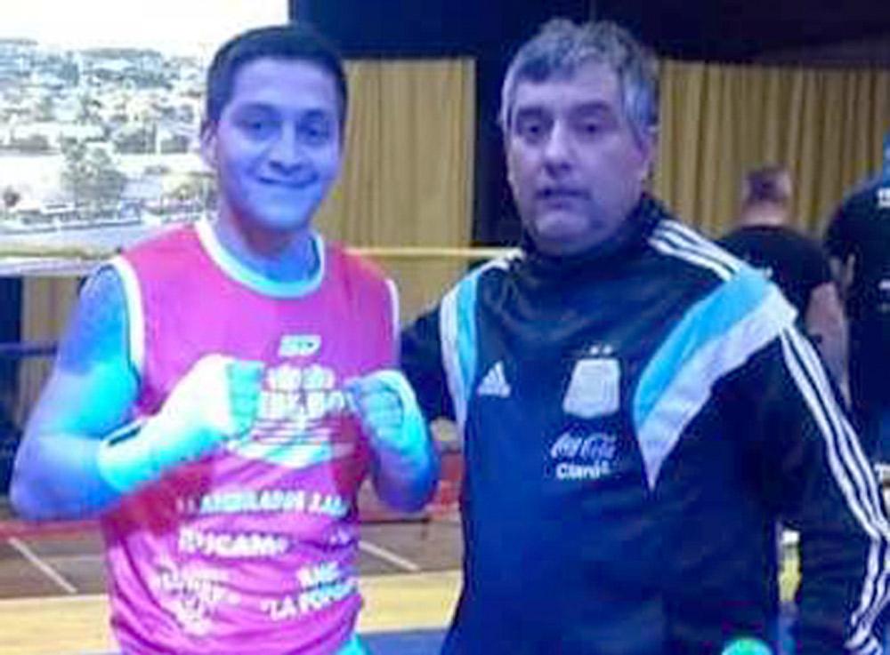 Manny Pacquiao negocia pelea contra Mikey García