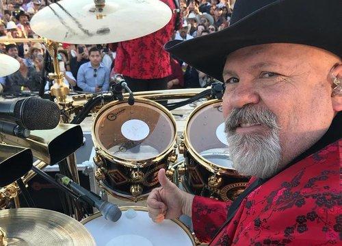 Muere Jose Luis Ayala, baterista de 'Los Bravos del Norte' por COVID-19