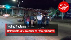 Motociclista sufre accidente en Paseo del Mineral