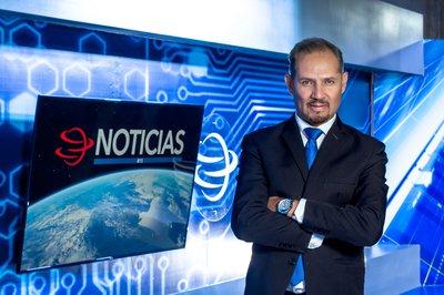Noticiero con Ernesto Vázquez