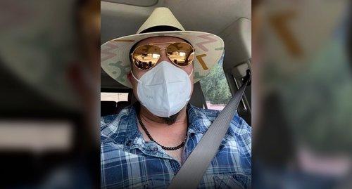 Pepe Aguilar explota contra las personas que no usan cubrebocas