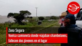 Vuelca camioneta donde viajaban chambelanes, fallecen dos jóvenes en el lugar