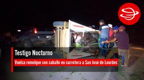 Vuelca remolque con caballo en carretera a San José de Lourdes