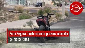 Corto circuito provoca incendio de motocicleta