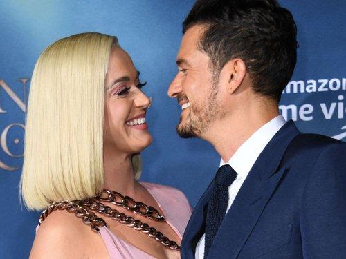 Katy Perry y Orlando Bloom posponen su boda por segunda ocasión