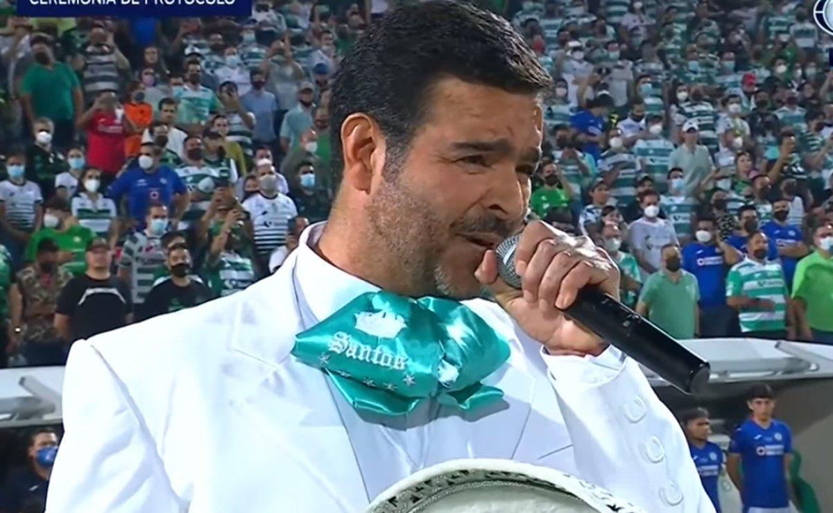pablo_montero_himno_nacional