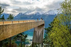 Stegateind - perfecte locatie om te genieten van een adembenemend zicht op de fjorden