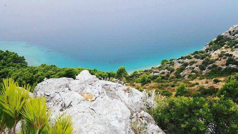Sorm boven Makarska
