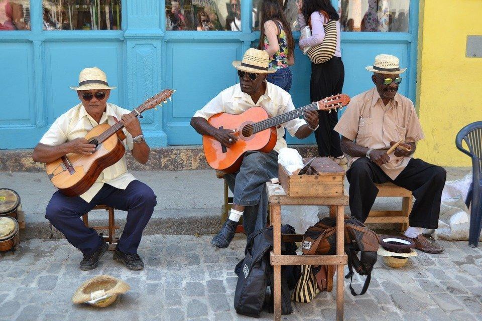 Straatmuzikanten in Havana, je vindt ze op bijna elke straathoek.