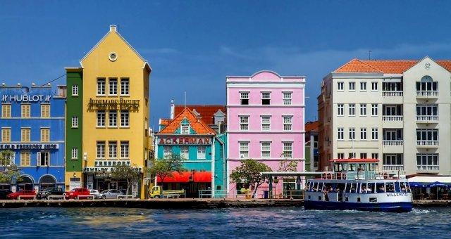 Naar Curaçao met Corendon