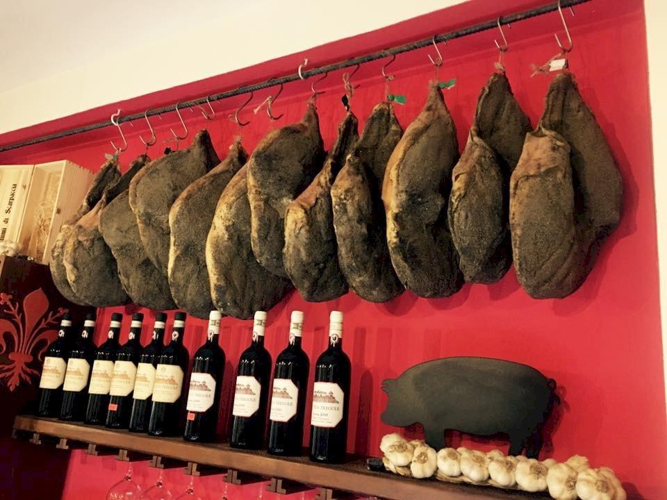 Geniet van heerlijke Italiaanse delicatessen in Firenze