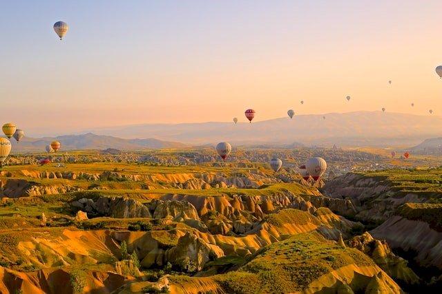 Maak een rondreis in Cappadocië met Corendon