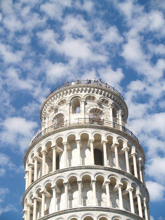 Een  citytrip Pisa zonder een bezoek aan de beroemde scheve toren is geen optie