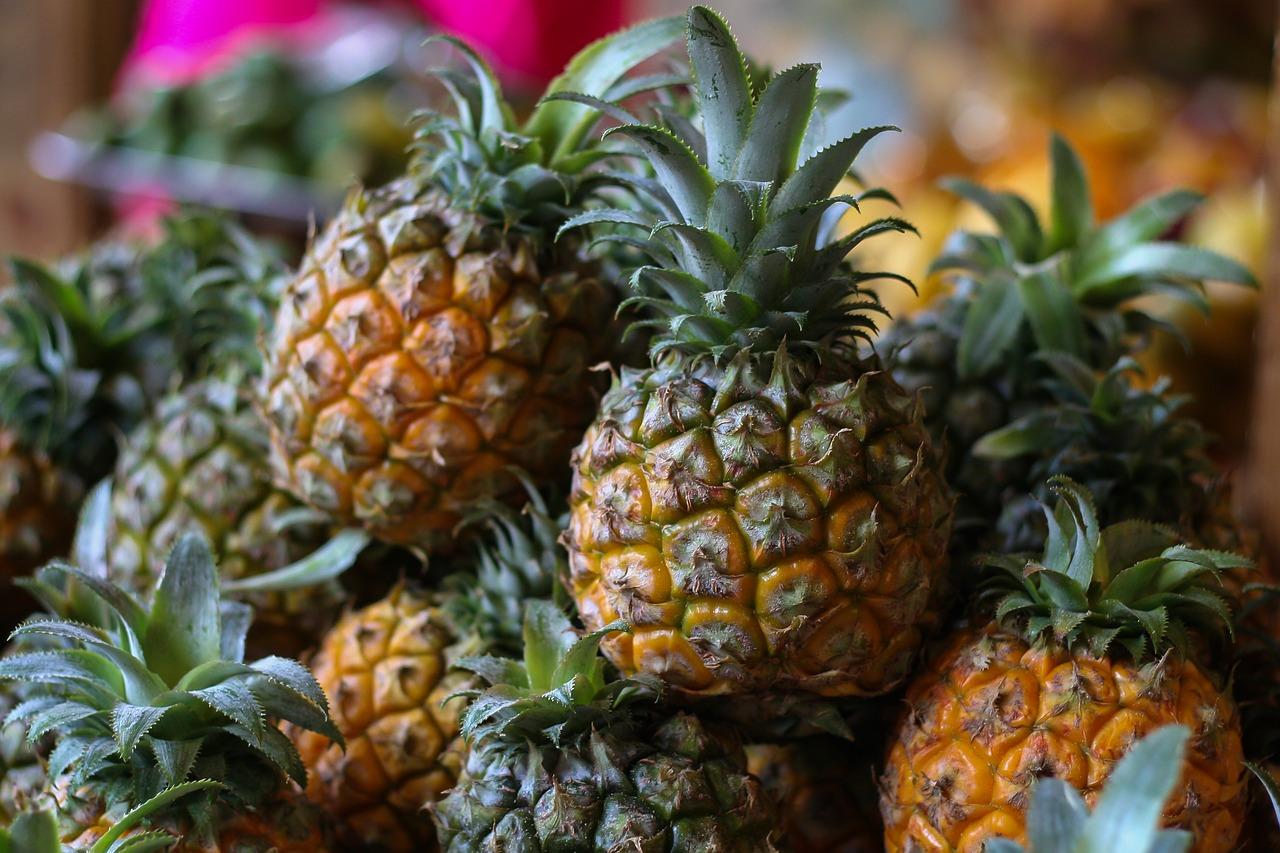 Ananas: la bromélaïne est extraite de l'ananas.
