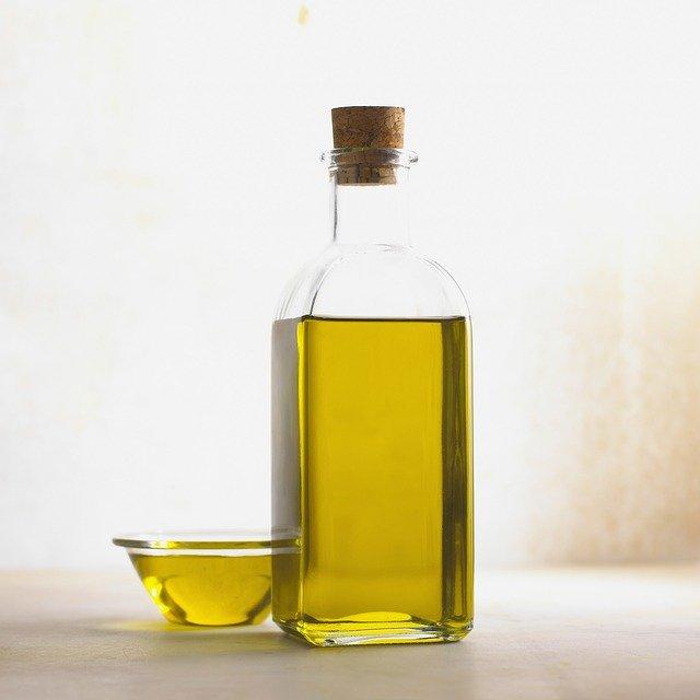 Coenzyme Q10 présente en abondance dans l'huile de Colza: bienfaits, posologie, danger.