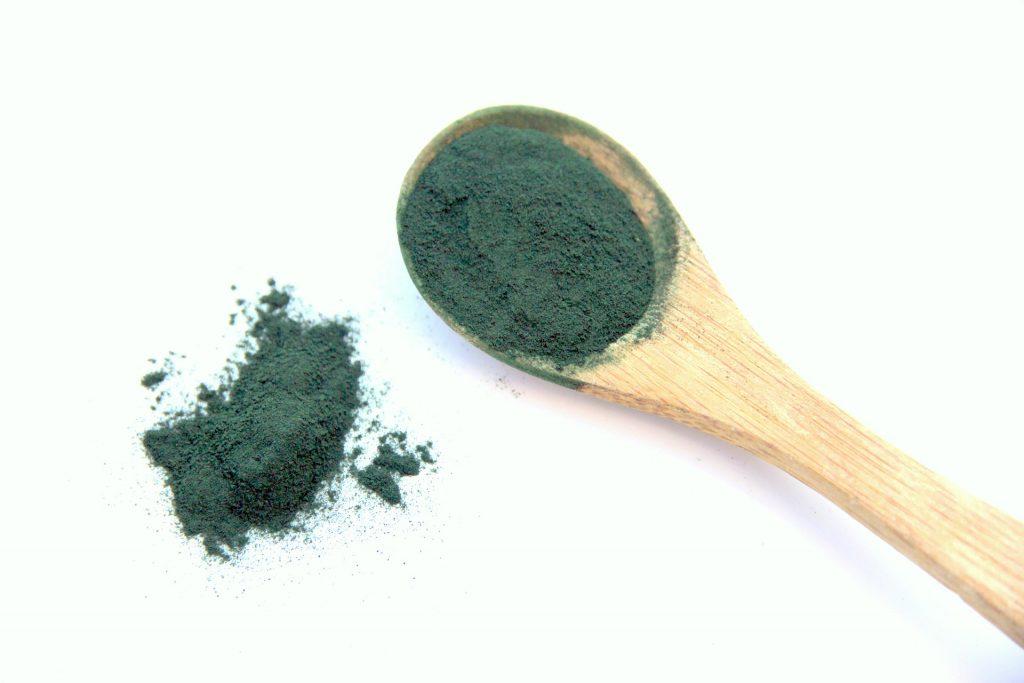 La phycocyanine est un des pigments antioxydant de la spiruline.