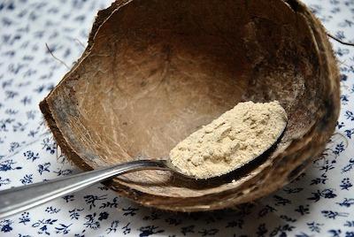 La maca, tubercule de la famille des brassicacées, dispose de nombreux bienfaits et propriétés.
