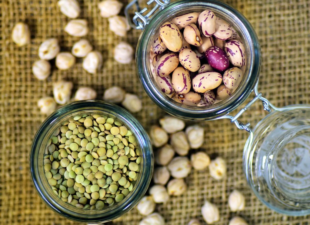 Légumineuses riches en lectines qui peuvent être toxiques: le régime sans lectines permet d'éviter leur consommation.