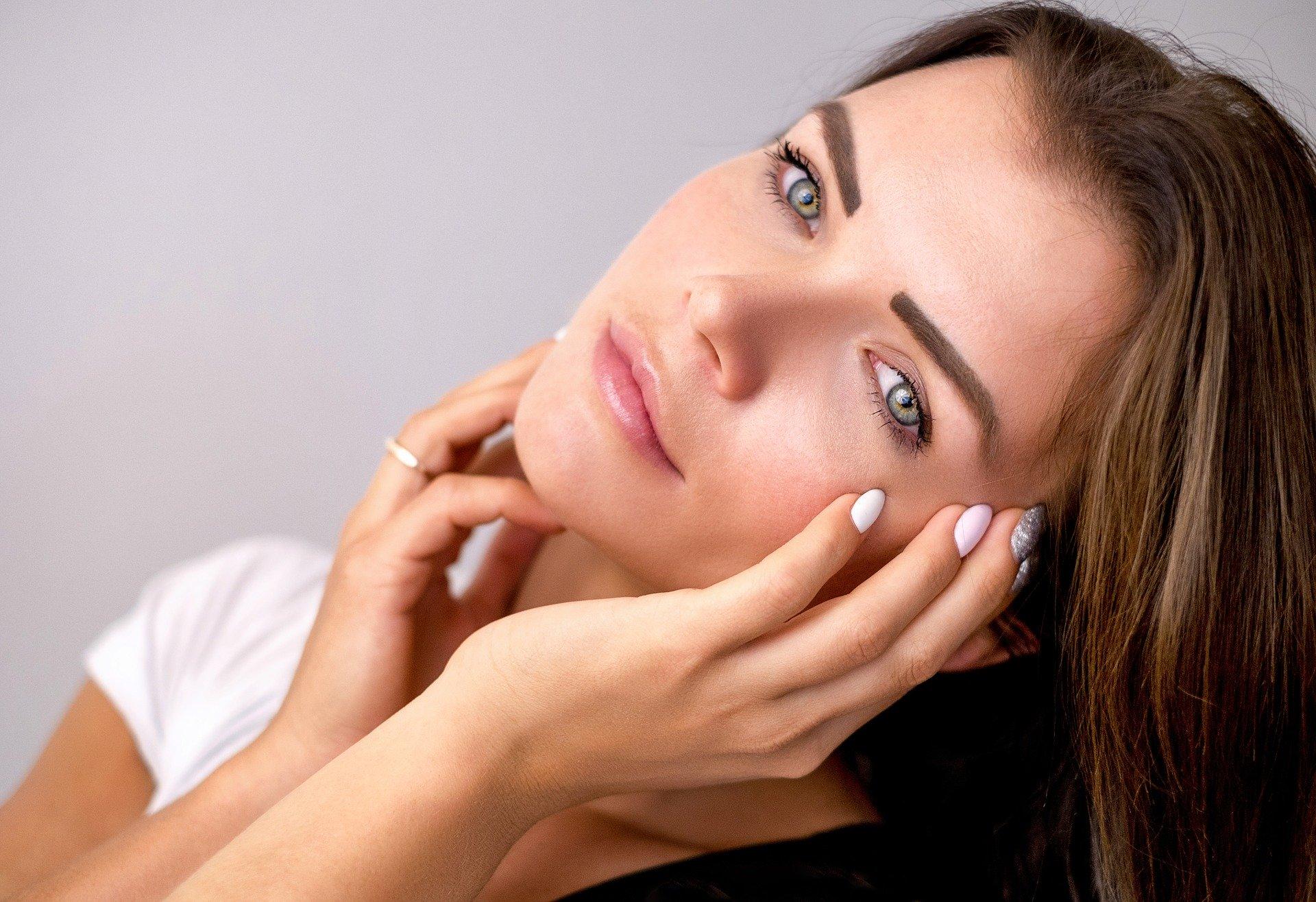 Le collagène de type 1,2 ou 3 agit sur la peau, sur les cartilages et sur les tissus conjonctifs.