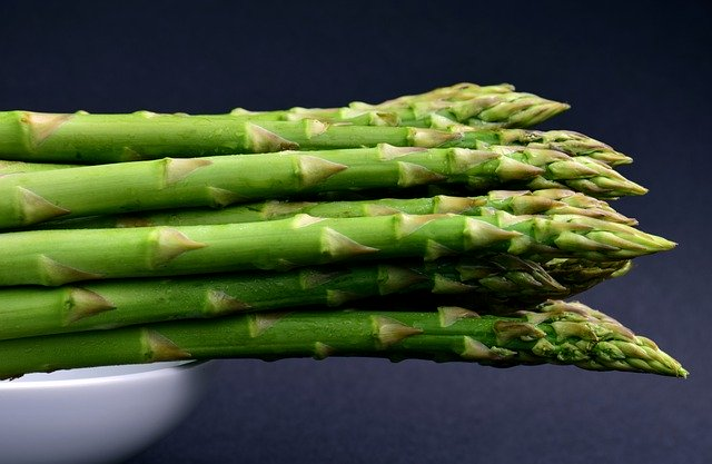 Asperge : plante également utilisée en phytothérapie.