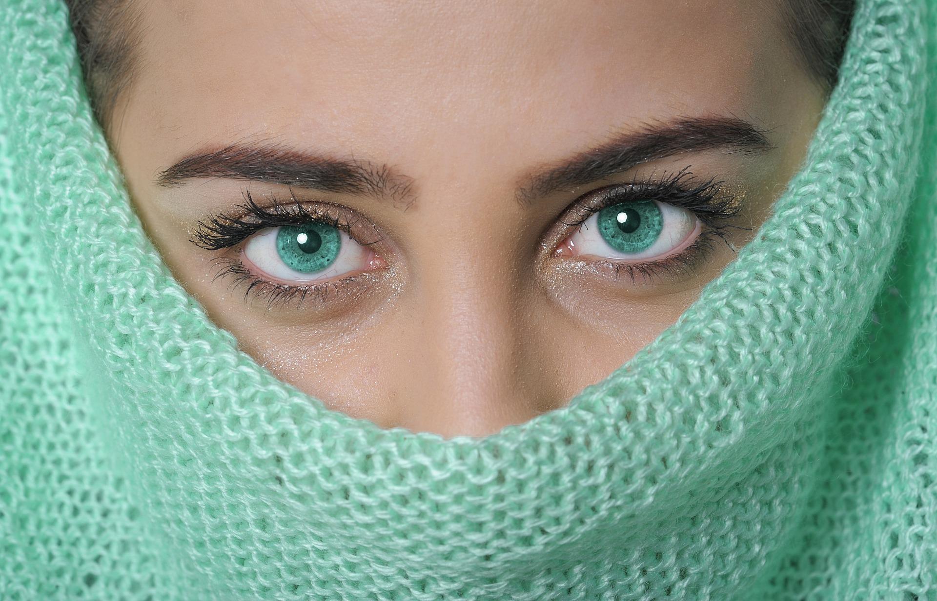 Femmes aux yeux verts : du zinc et du sélénium pour protéger votre vue