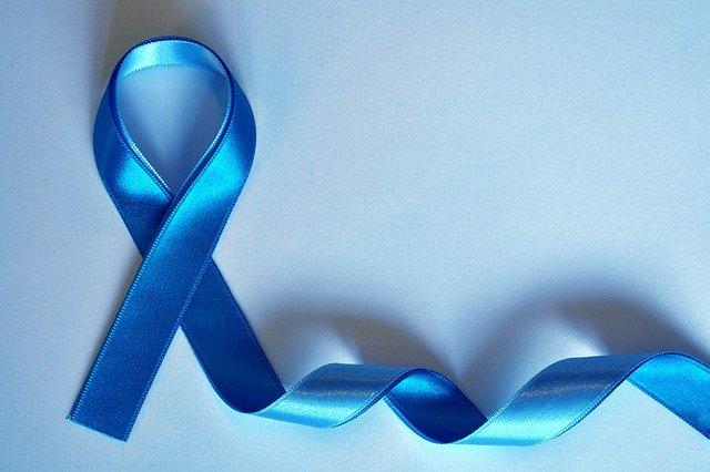 Ruban bleu: il symbolise le cancer et l'hypertrophie de la prostate.
